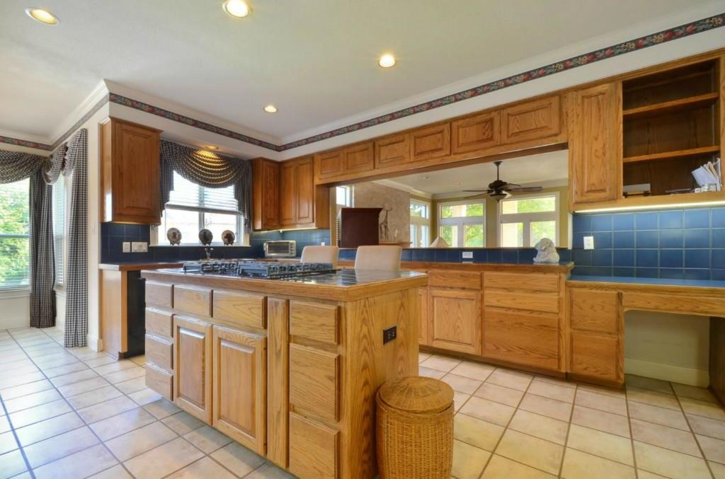 Sold Property   2 Autumn Oaks Place The Hills, TX 78738 12