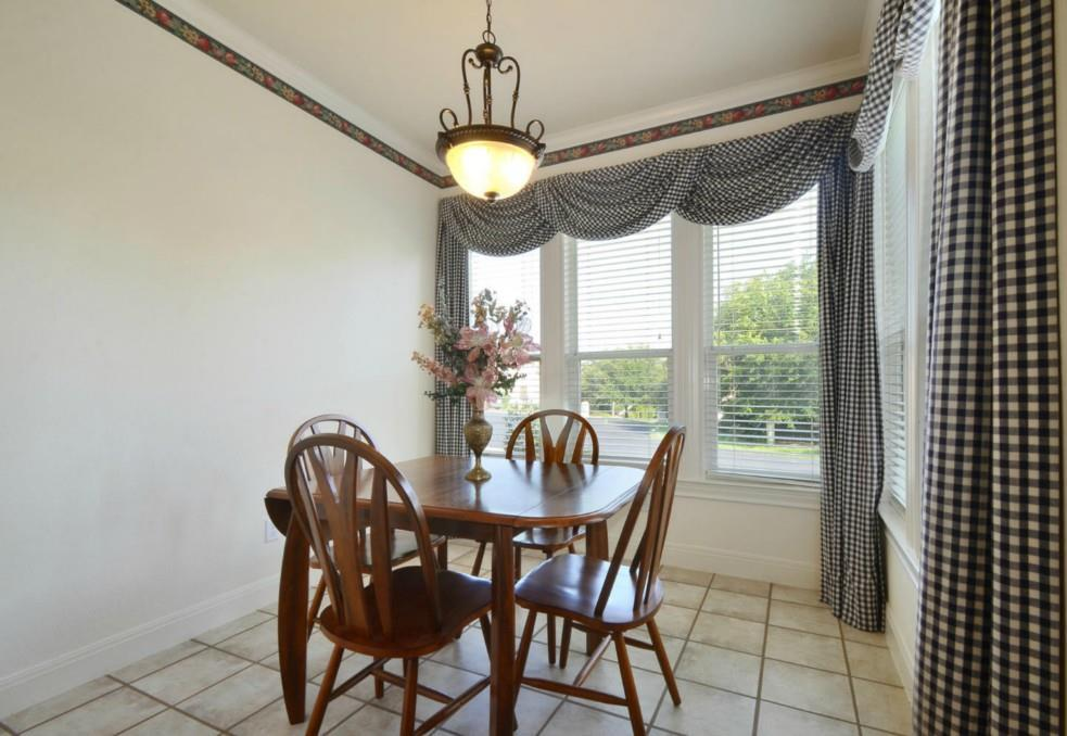 Sold Property   2 Autumn Oaks Place The Hills, TX 78738 14