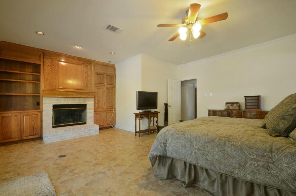 Sold Property   2 Autumn Oaks Place The Hills, TX 78738 16