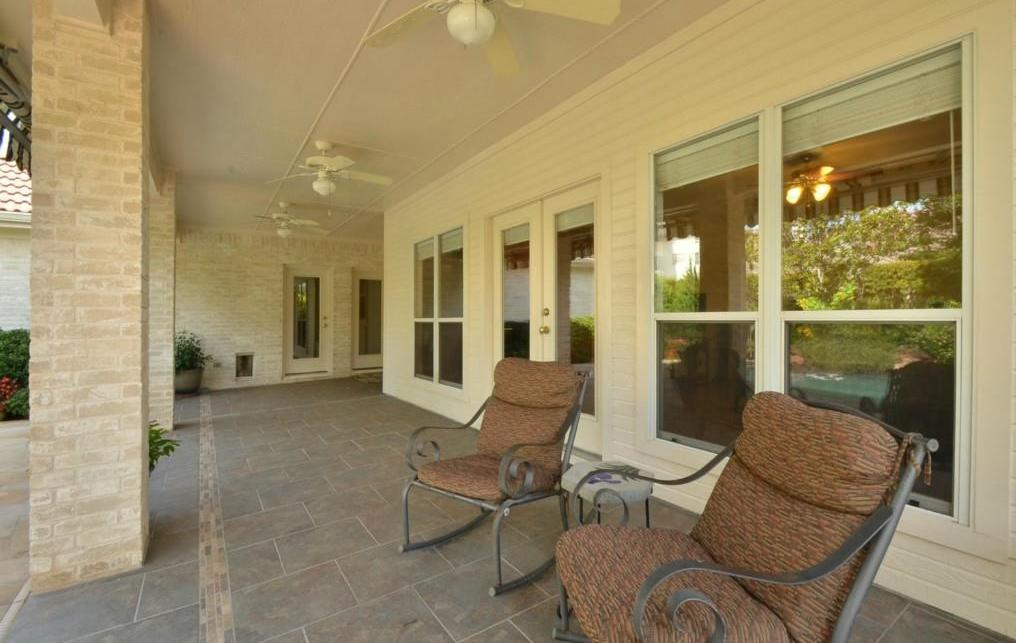 Sold Property   2 Autumn Oaks Place The Hills, TX 78738 18