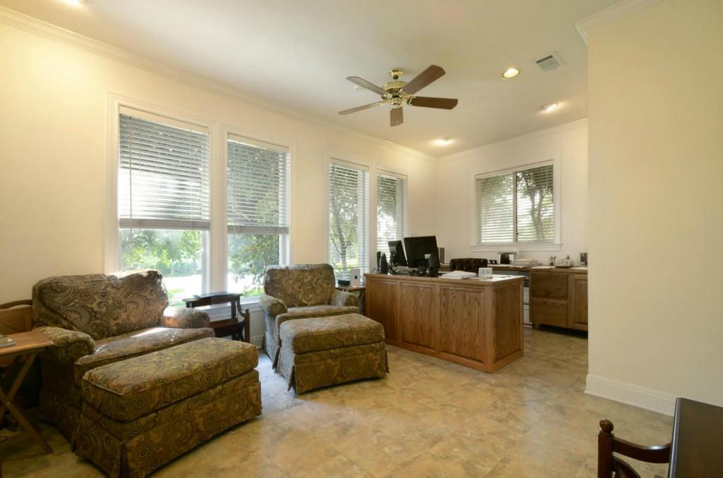 Sold Property   2 Autumn Oaks Place The Hills, TX 78738 26