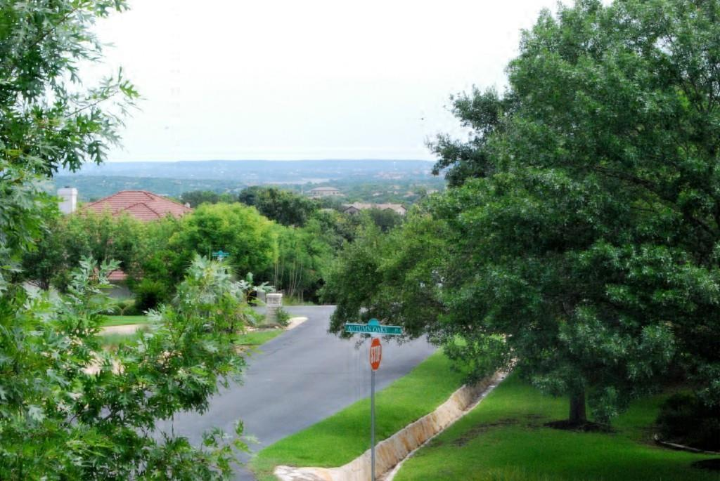 Sold Property   2 Autumn Oaks Place The Hills, TX 78738 30