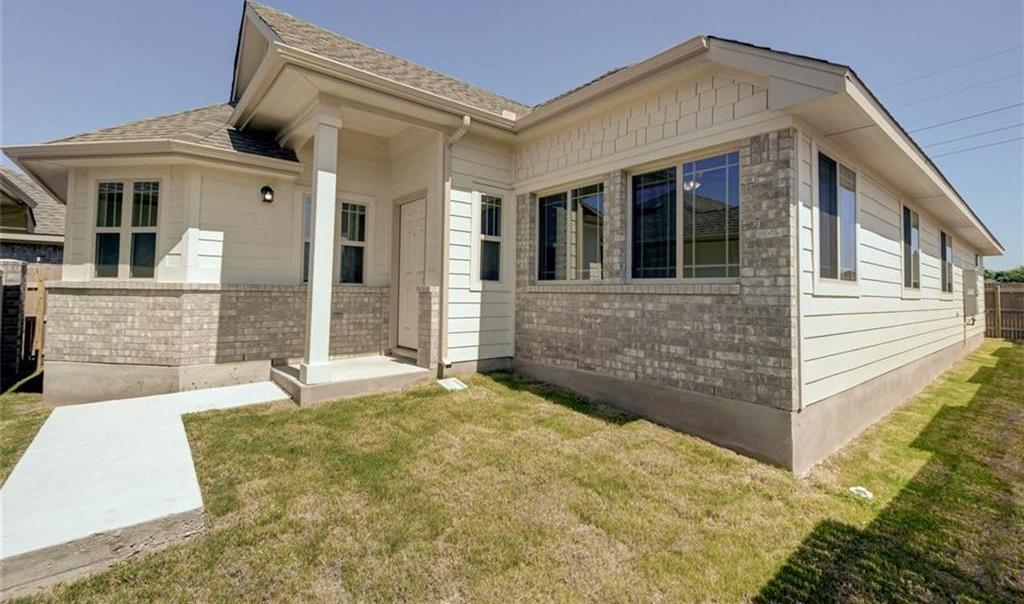 Pending   133 Trailstone Drive Bastrop, TX 78602 2