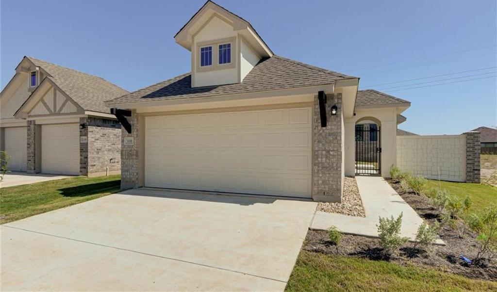 Pending   133 Trailstone Drive Bastrop, TX 78602 39