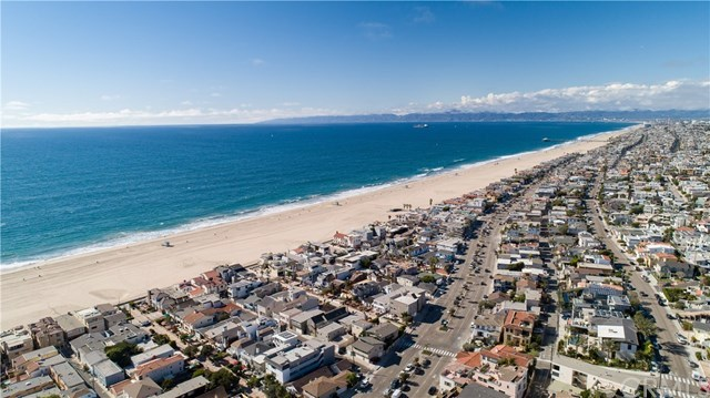 Closed | 1641 Manhattan  Avenue Hermosa Beach, CA 90254 28