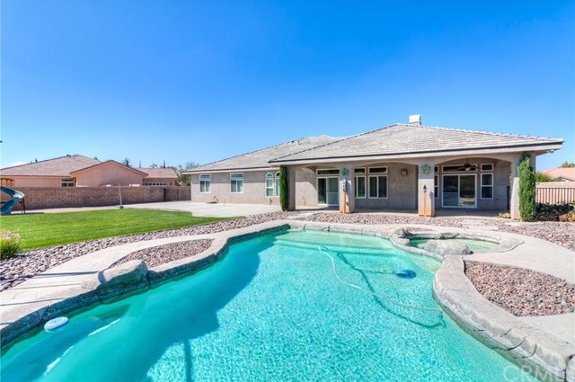 Closed | 12927 Galewood Street Apple Valley, CA 92308 60