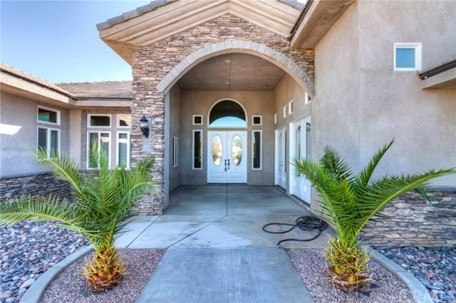 Closed   12927 Galewood Street Apple Valley, CA 92308 10