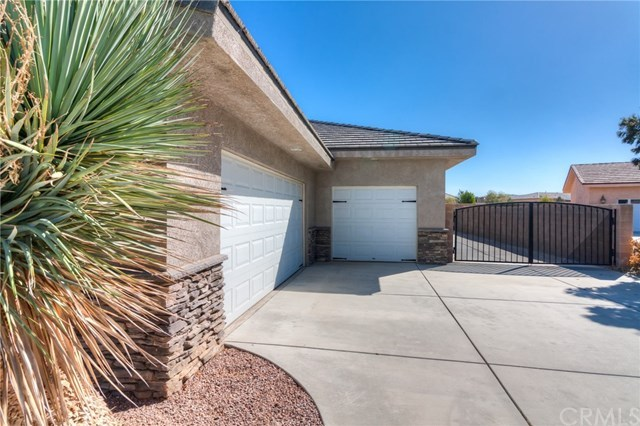 Closed | 12927 Galewood Street Apple Valley, CA 92308 3