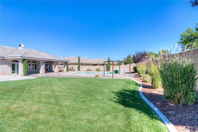 Closed | 12927 Galewood Street Apple Valley, CA 92308 65