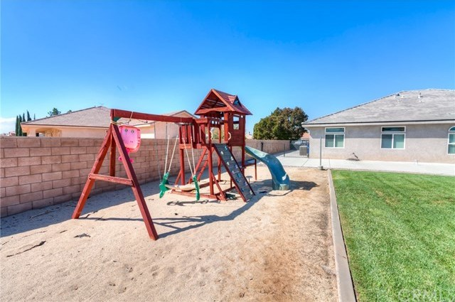 Closed | 12927 Galewood Street Apple Valley, CA 92308 63