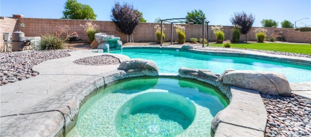Closed | 12927 Galewood Street Apple Valley, CA 92308 73