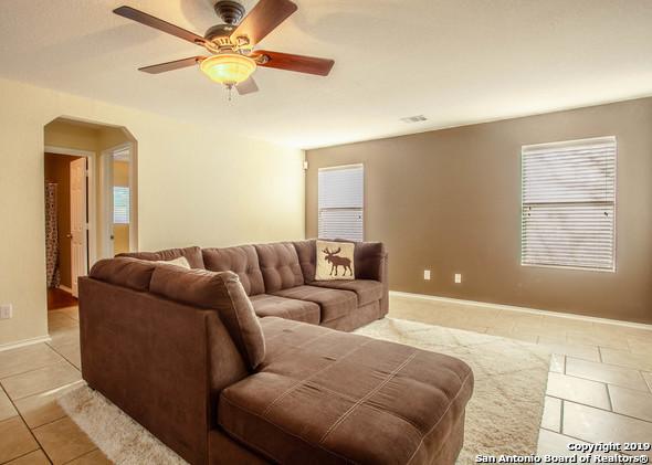 Active Option | 7710 Ruidoso Chase  Selma, TX 78154 4