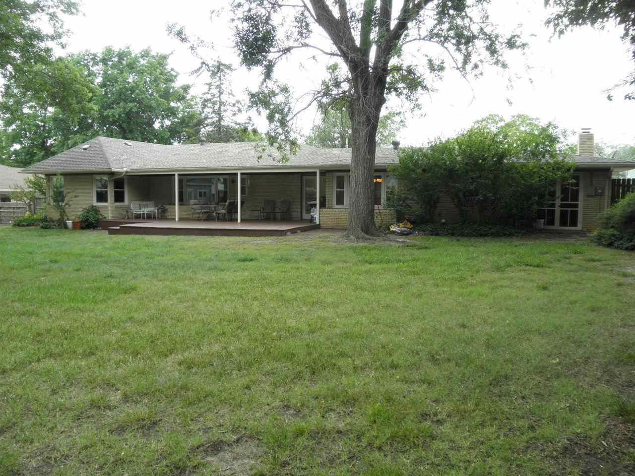 Sold Cross Sale W/ MLS | 127 Fairview  Ponca City, OK 74601 32