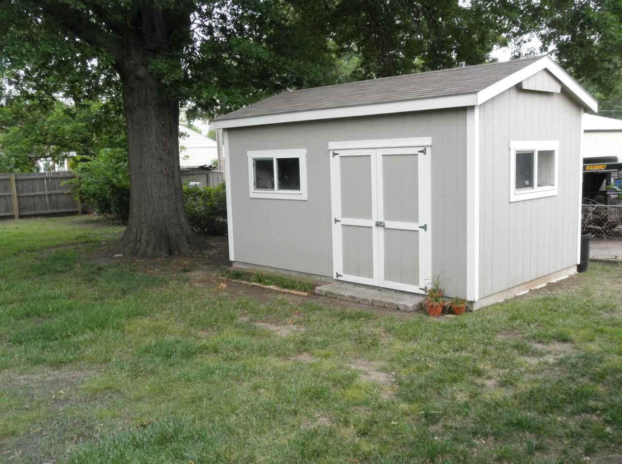 Sold Cross Sale W/ MLS | 127 Fairview  Ponca City, OK 74601 35