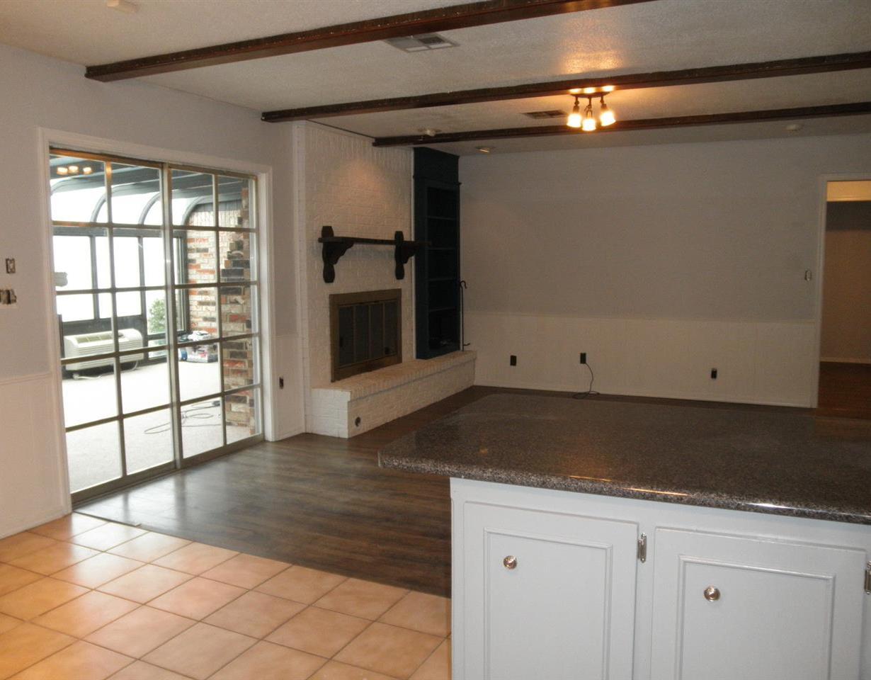 Sold Cross Sale W/ MLS   1525 W Broadway  Ponca City, OK 74601 10