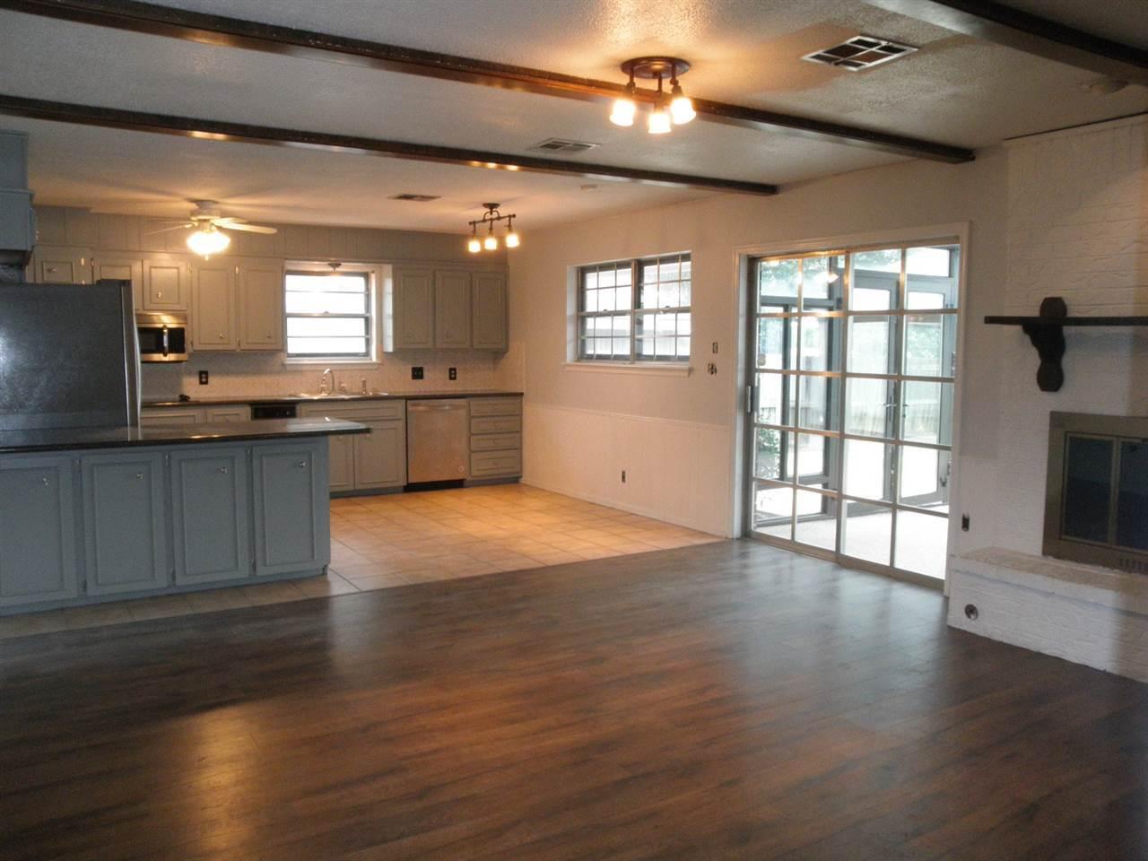 Sold Cross Sale W/ MLS   1525 W Broadway  Ponca City, OK 74601 11