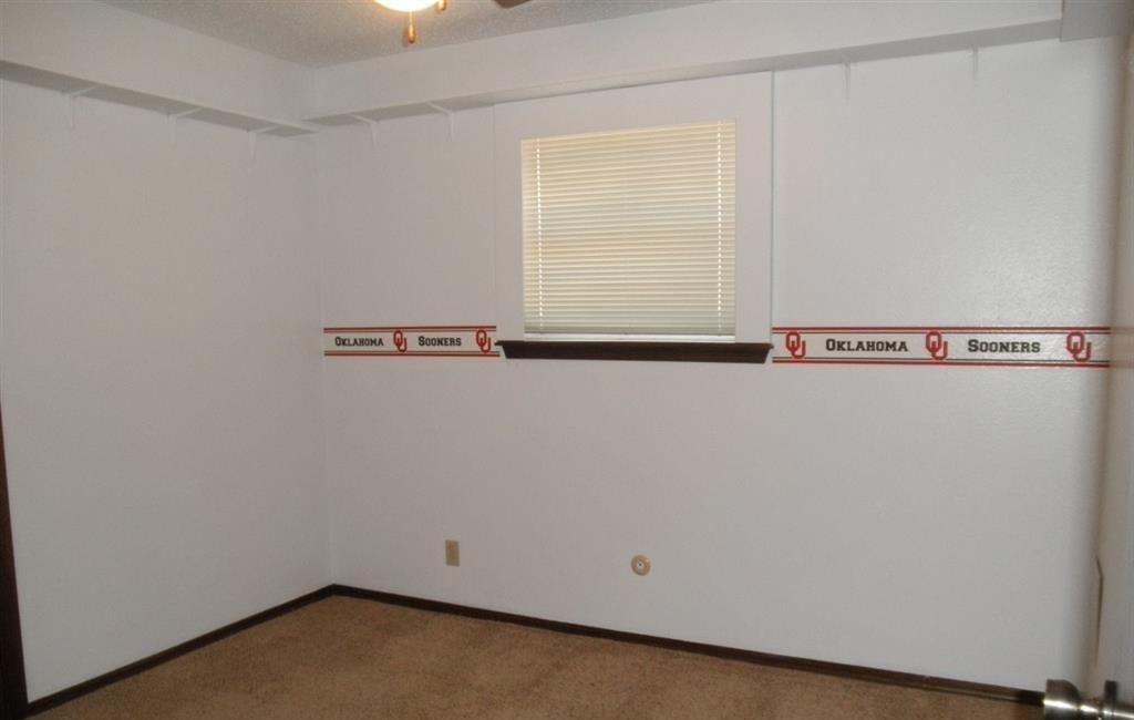 Sold Cross Sale W/ MLS   1525 W Broadway  Ponca City, OK 74601 14