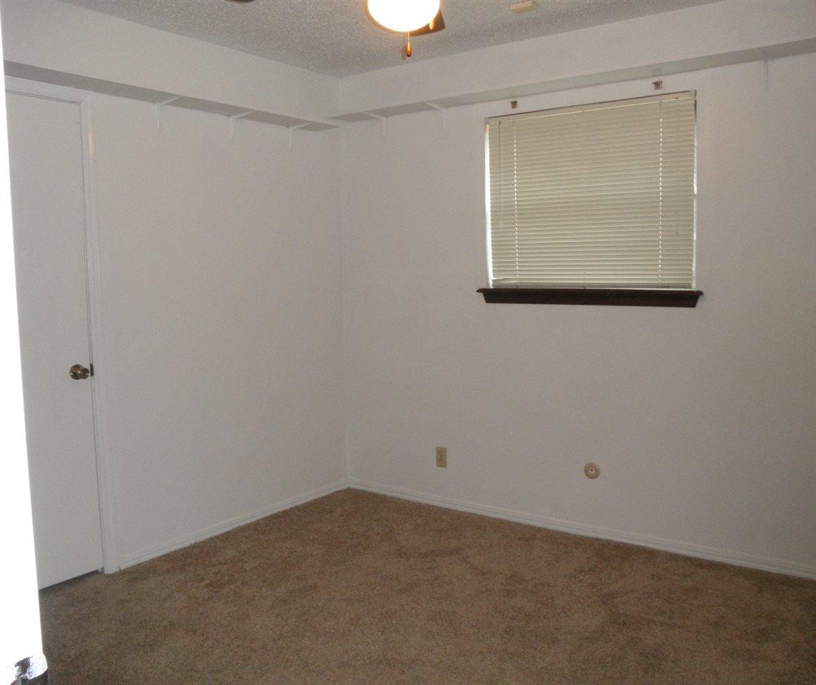 Sold Cross Sale W/ MLS   1525 W Broadway  Ponca City, OK 74601 18