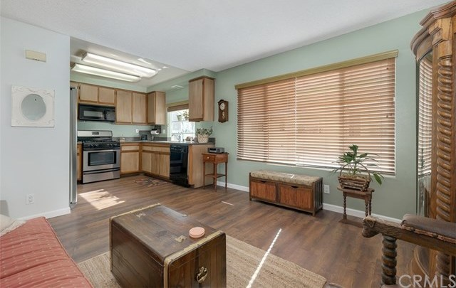 Closed | 26343 W Grove Circle Lake Forest, CA 92630 10