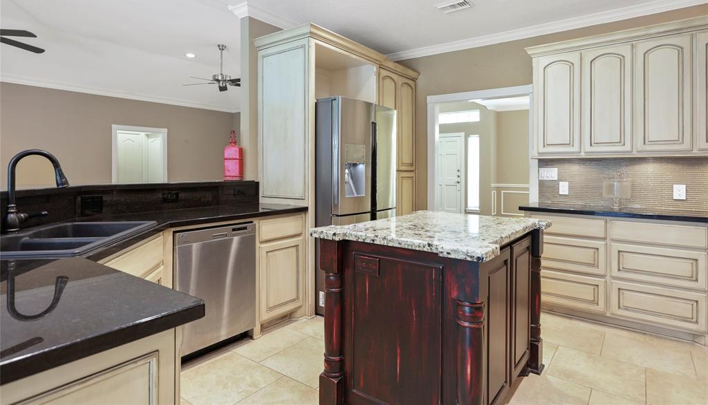 Off Market | 108 Clear Springs Drive Montgomery, TX 77356 12