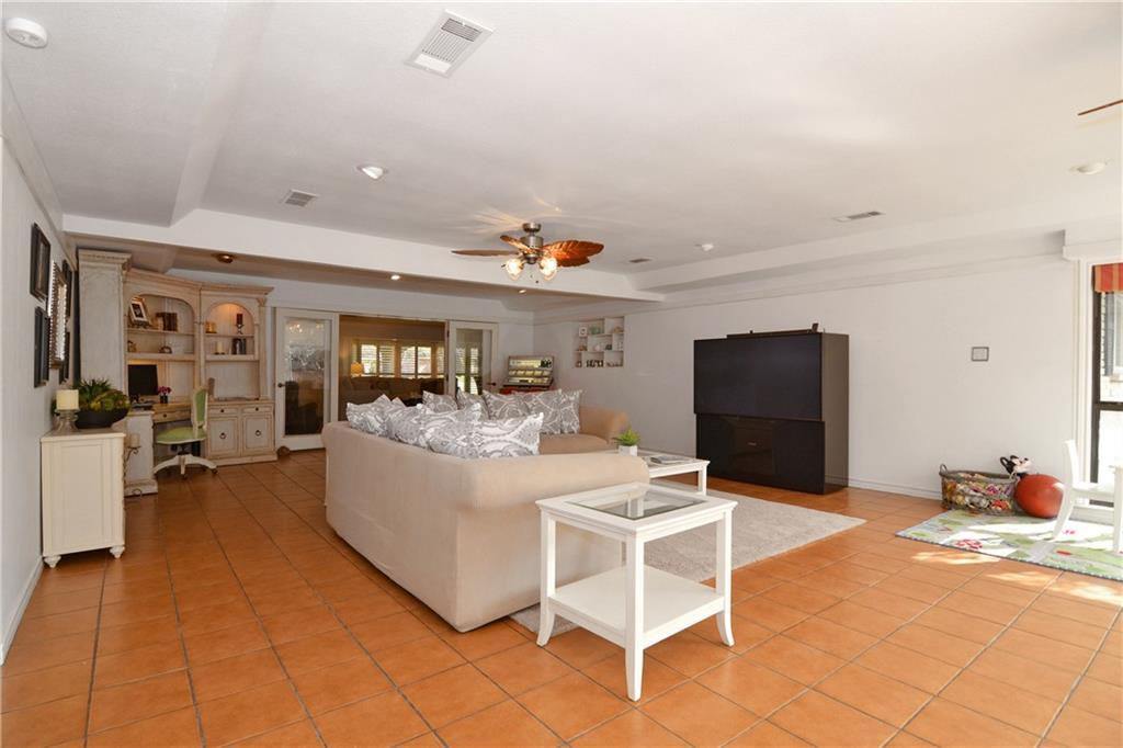 Sold Property   4040 GOODFELLOW Drive Dallas, Texas 75229 9