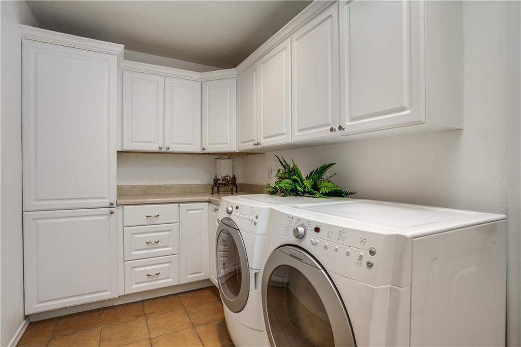 Sold Property   4040 GOODFELLOW Drive Dallas, Texas 75229 26