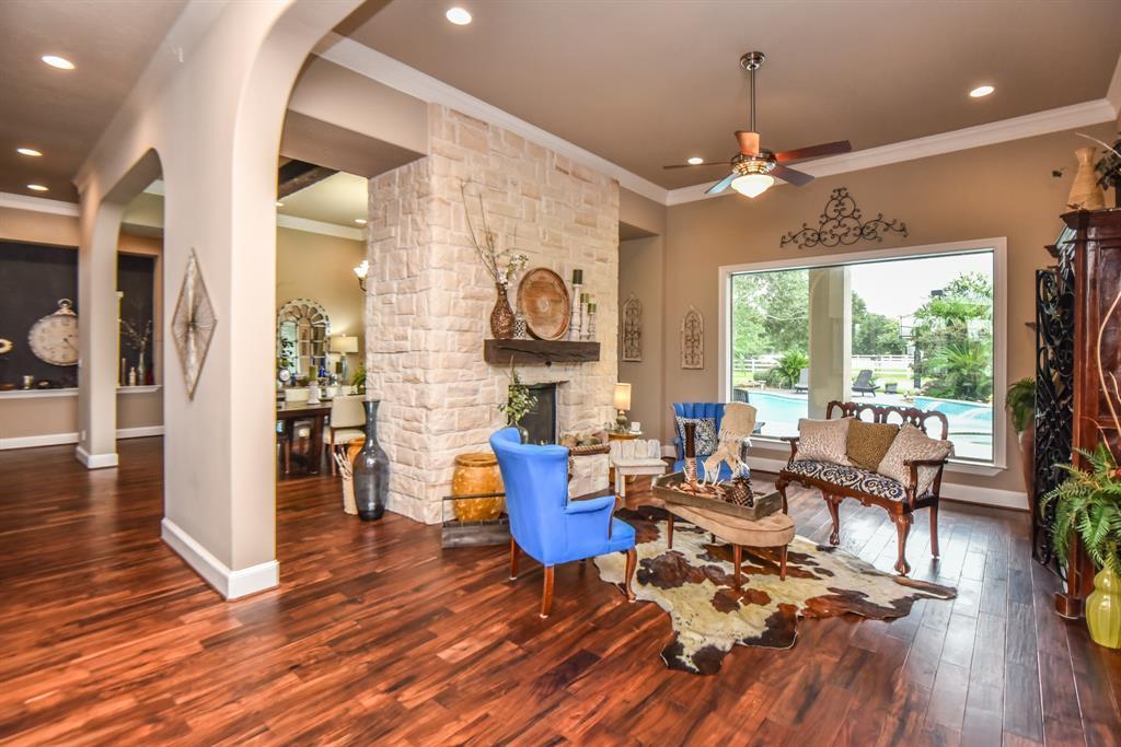 Cypress Home for Sale | 19710 W Paloma Drive Cypress, TX 77433 7