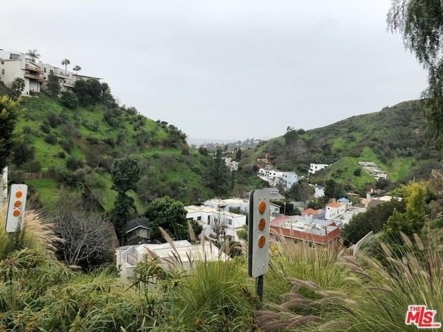 Off Market | 6402 W Weidlake Drive Los Angeles, CA 90068 3