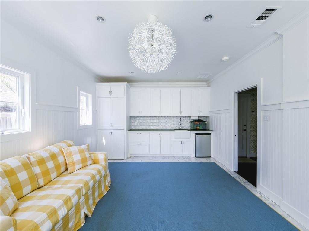 Sold Property | 6106 Meadow Road Dallas, Texas 75230 23