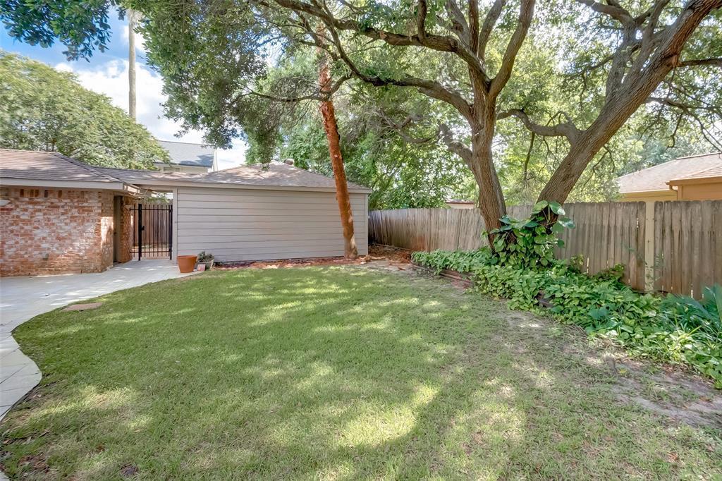 Off Market | 10727 Paulwood Drive Houston, TX 77071 48