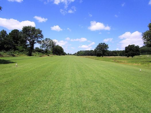 Runway Hangar, Pilot Home, Recreation Home, Fly home, home acres | Fly In Corporate Retreat W/2 Homes On 70 Ac Wilburton, OK 74578 2