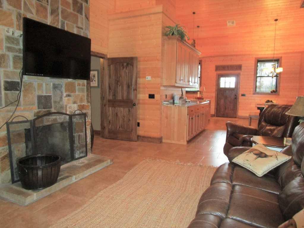 air B & B country, hunting lodge, water front cabin, cabin, fish | Hwy 271 Divide, Oklahoma, Oklahoma 74567 25
