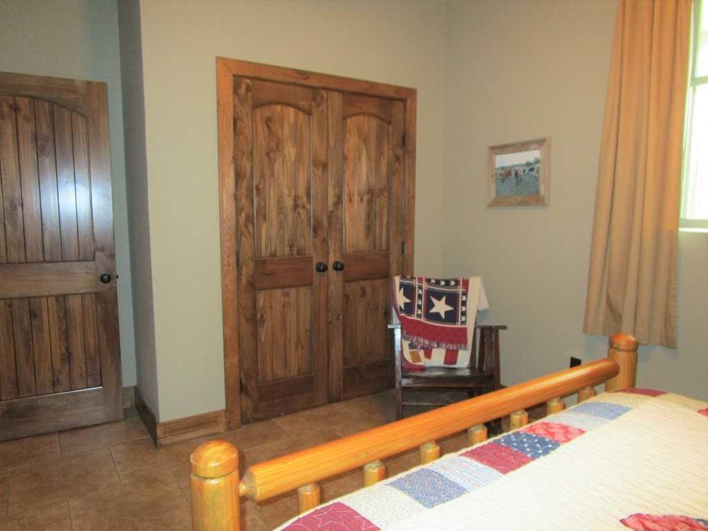 air B & B country, hunting lodge, water front cabin, cabin, fish | Hwy 271 Divide, Oklahoma, Oklahoma 74567 27