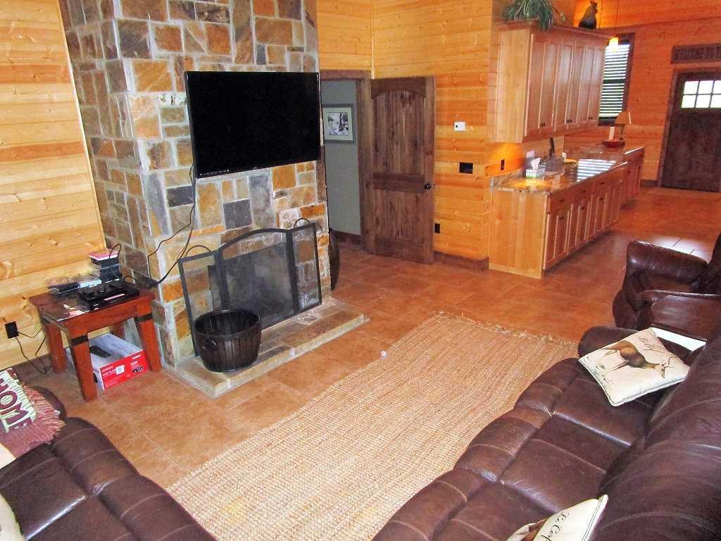 air B & B country, hunting lodge, water front cabin, cabin, fish | Hwy 271 Divide, Oklahoma, Oklahoma 74567 49