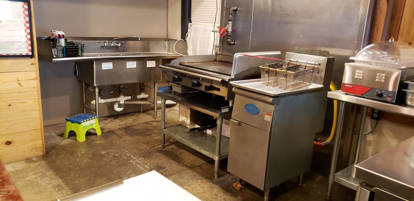 Active | PRICED TO SELL!  TURN KEY RESTAURANT w/ALL EQUIPMENT Talihina, OK 74571 7