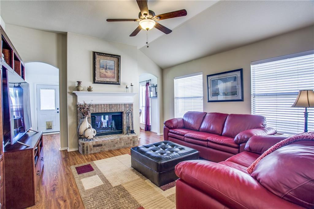 Sold Property   4405 Shady Elm Drive Mansfield, Texas 76063 7