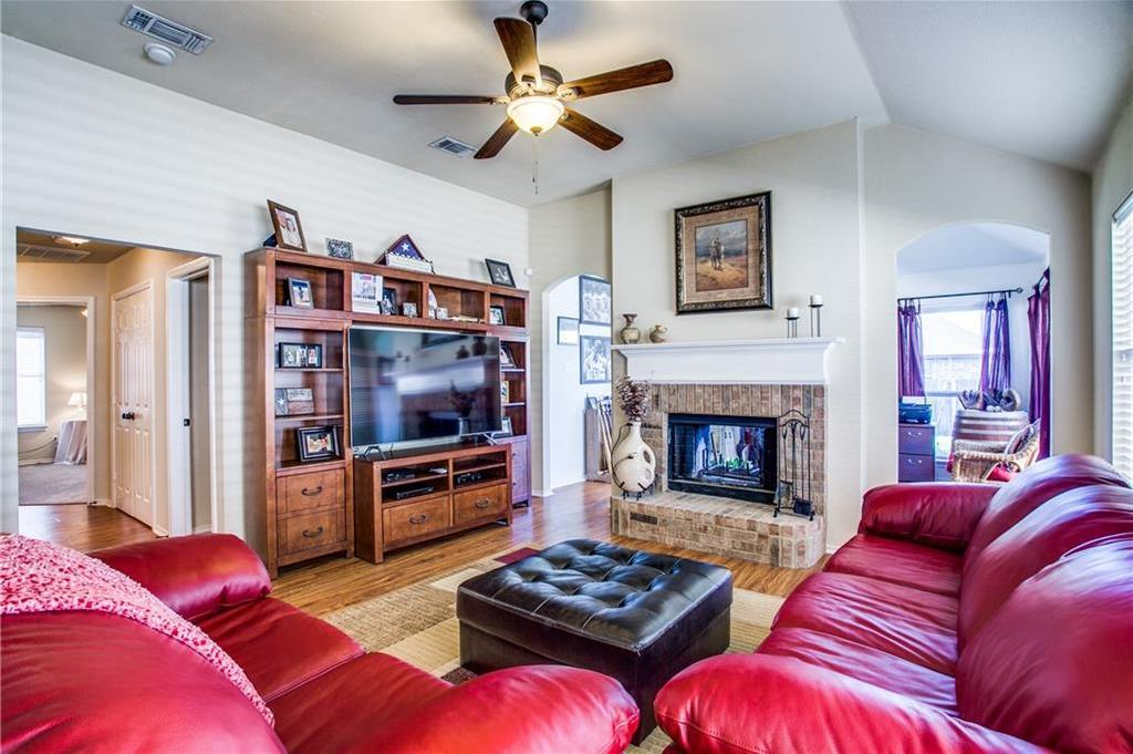 Sold Property   4405 Shady Elm Drive Mansfield, Texas 76063 9