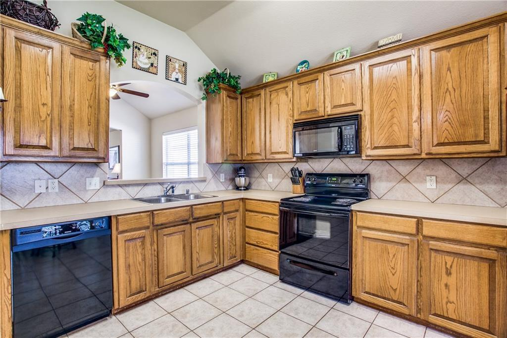 Sold Property   4405 Shady Elm Drive Mansfield, Texas 76063 11