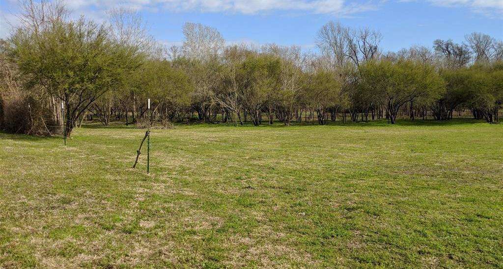 Pending Continue to Show | 00 Old Masonic Road Brenham, Texas 77833 2