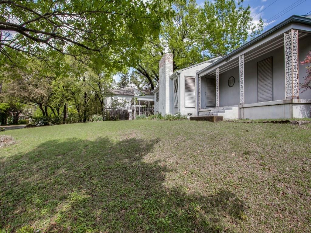 Sold Property | 4000 Stonebridge Drive Dallas, Texas 75204 3