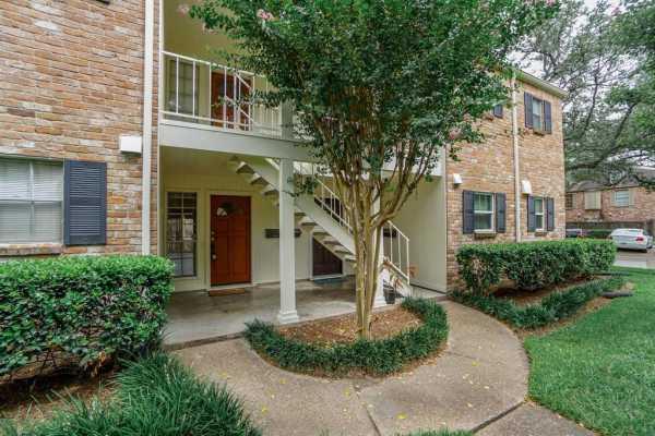 Property for Rent | 859 Wax Myrtle Lane Houston, Texas 77079 2
