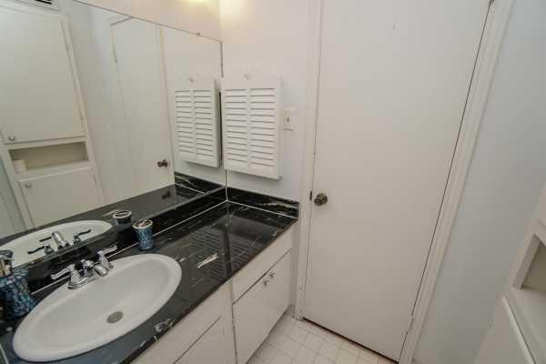 Property for Rent | 859 Wax Myrtle Lane Houston, Texas 77079 13