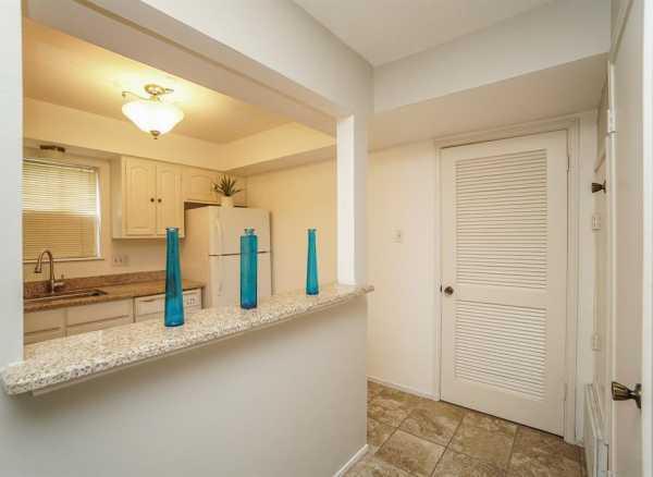 Property for Rent | 859 Wax Myrtle Lane Houston, Texas 77079 21