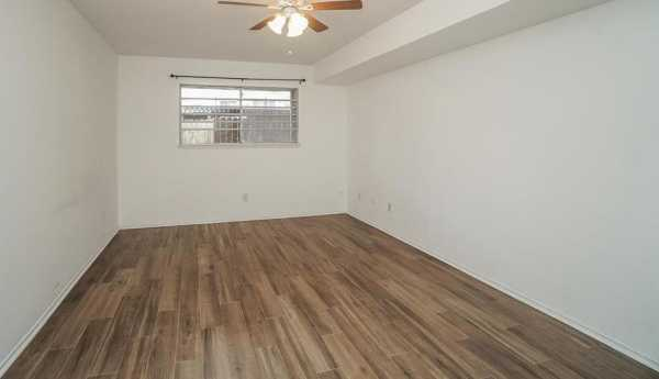 Property for Rent | 859 Wax Myrtle Lane Houston, Texas 77079 27