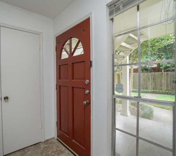 Property for Rent | 859 Wax Myrtle Lane Houston, Texas 77079 5
