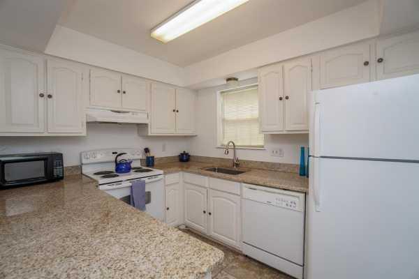 Property for Rent | 859 Wax Myrtle Lane Houston, Texas 77079 6