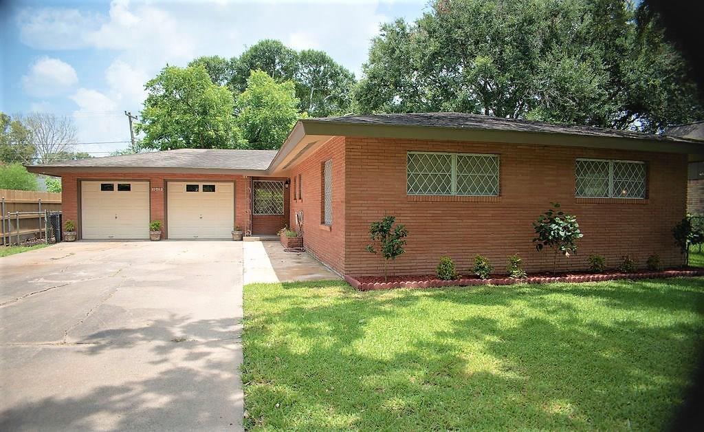 Active | 1613 Highland Drive Bay City, Texas 77414 0