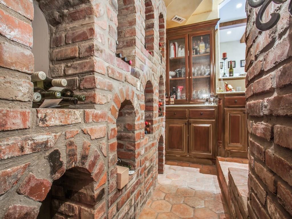 Sold Property | 6738 Stefani Drive Dallas, Texas 75225 11
