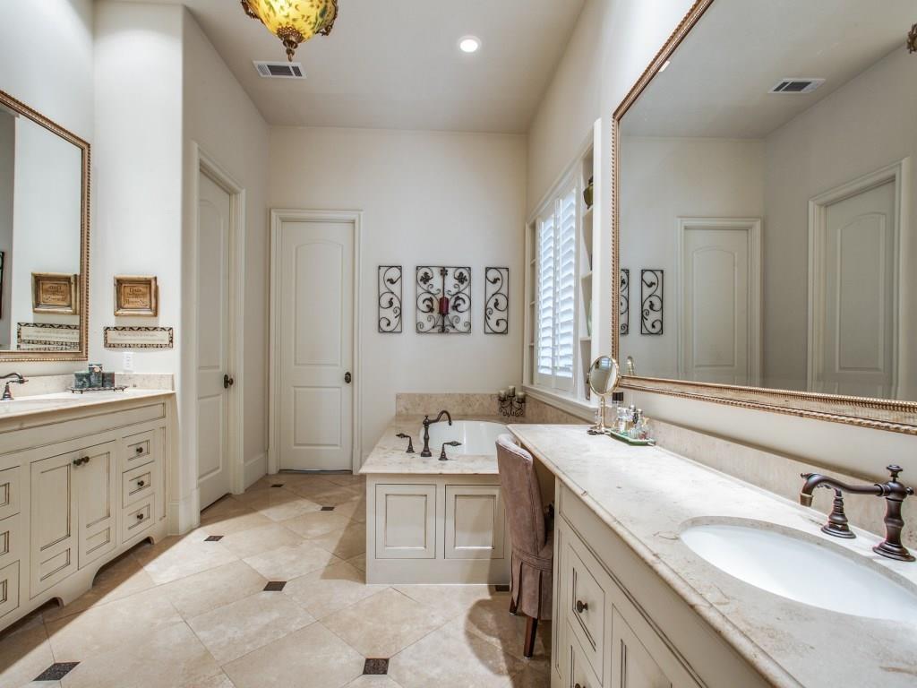 Sold Property | 6738 Stefani Drive Dallas, Texas 75225 22