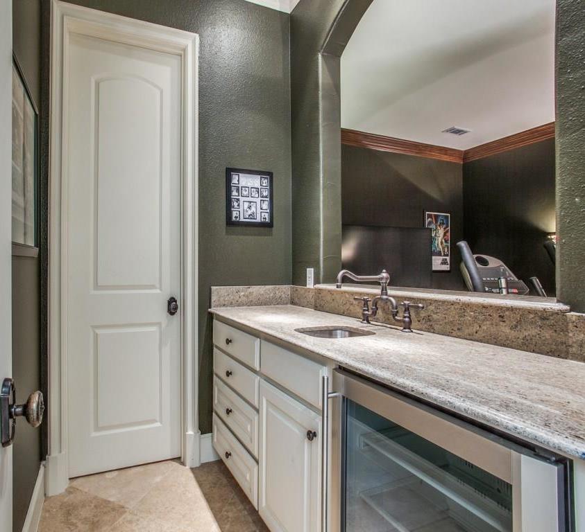 Sold Property | 6738 Stefani Drive Dallas, Texas 75225 28